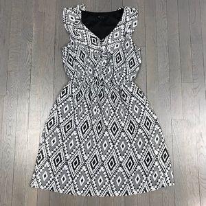 AB Studio Diamond Print Ruffle V Neck Party Dress